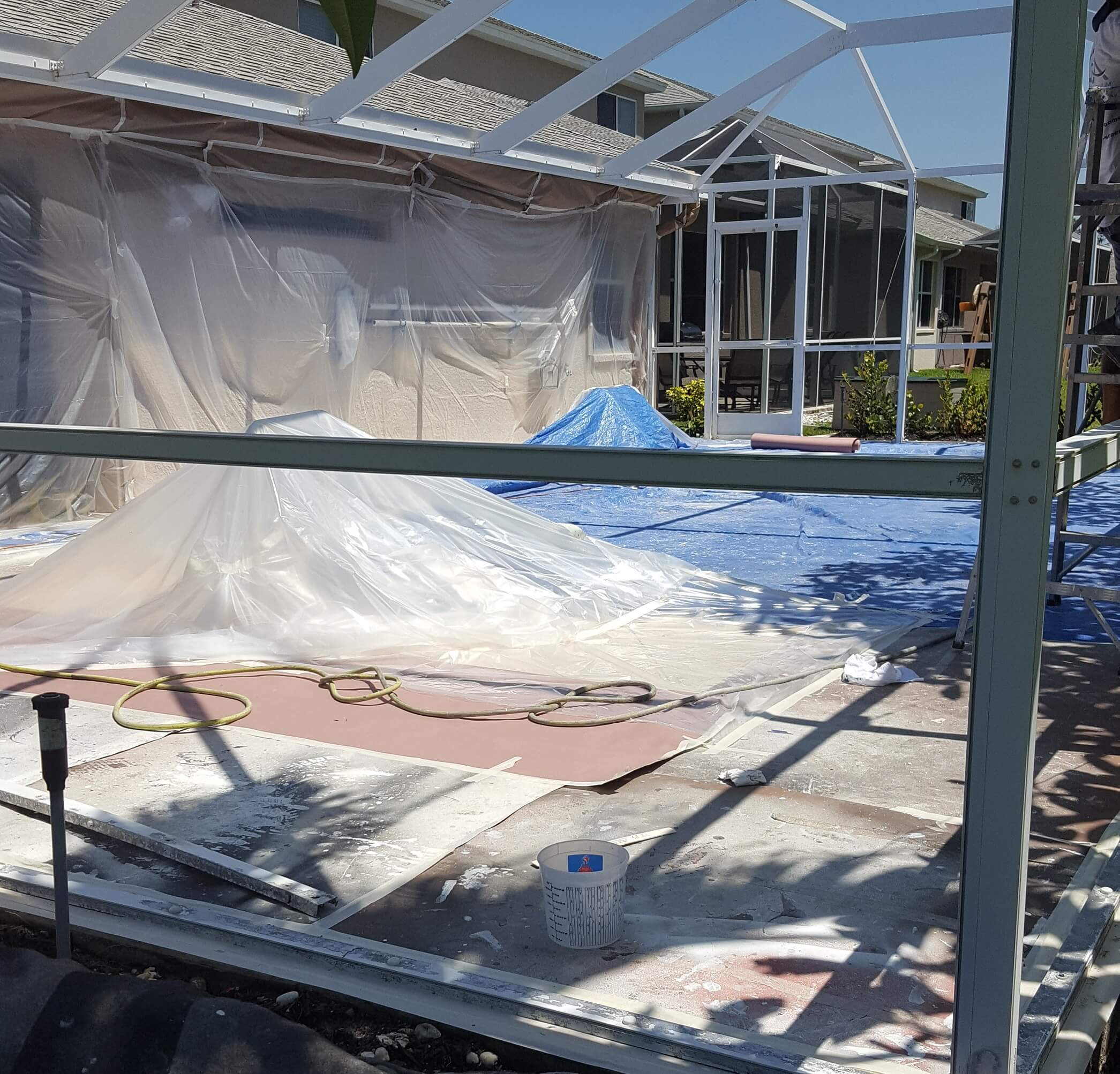 Mansion Pools Close Up: Pool Cage Painting: The Challenges